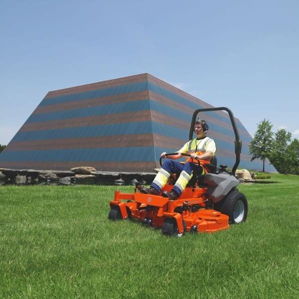 Тракторы с нулевым радиусом разворота